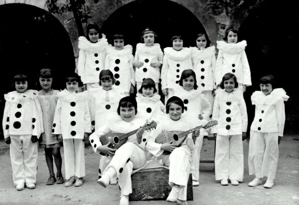 1932 Fête école des filles Rose Goudard