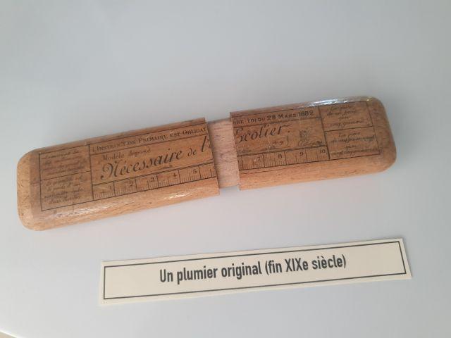 Plumier en bois du 19e s.